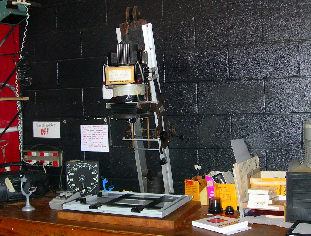 Simmons Omega D5 Enlarger | The enlarger at my co-op ...