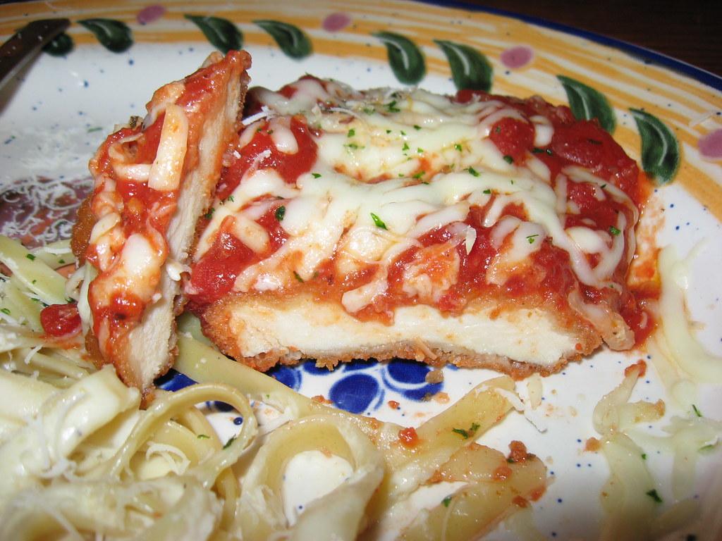 Olive Garden Chicken Parmigiana Sliced Olive Garden