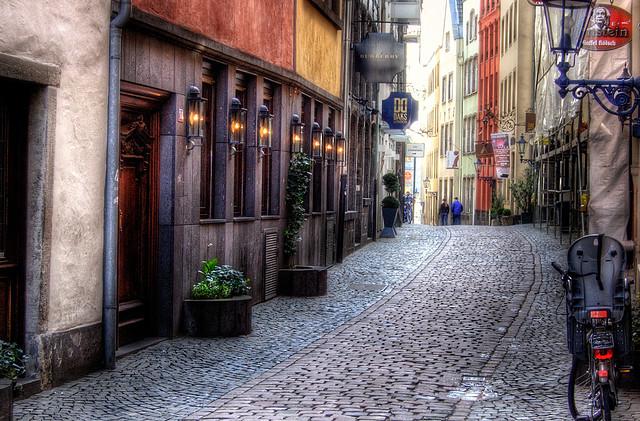 Altstadt Gasse Köln   cerbifc   Flickr