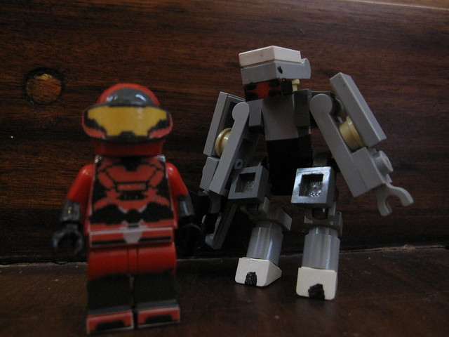 Lego halo custom mark 5 red spartan and painted elite - Lego spartan halo ...