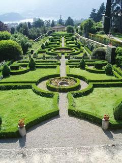 Lecco villa bellemo il giardino all 39 italiana archi lecco for Giardino lecco