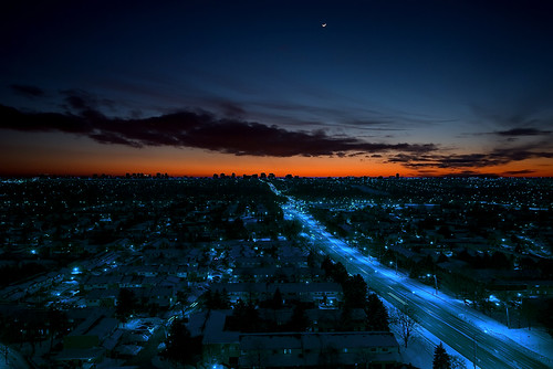 Sunset over Toronto with Crescent Moon | by scott3eh