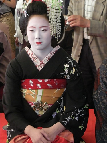 Kyoto Maiko on Pontocho | by JapanVisitor