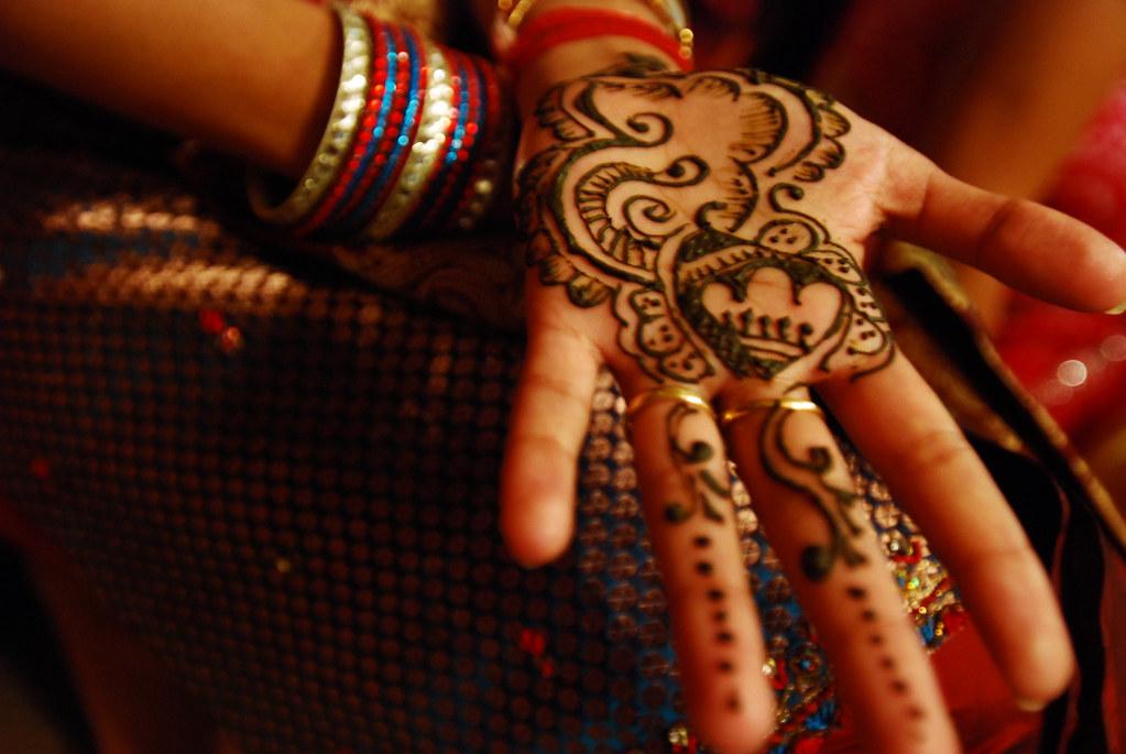 Mehndi Raat Ceremony : Mehndi ki raat well not the actual ceremony