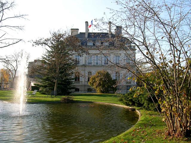 Jardin d 39 h tel de ville epernay france epernay for Jardin 2000 epernay