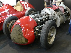 Alfa Romeo Tipo 159 red stripped vl | by stkone