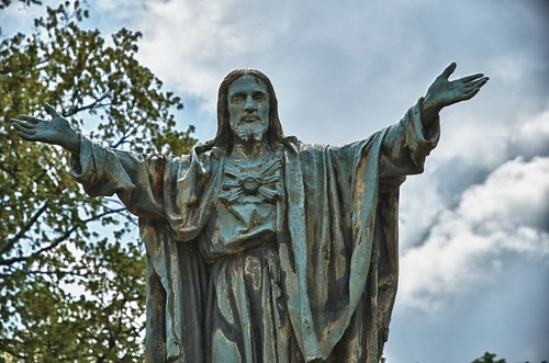 Jesus welcomes you to Notre Dame | by TimWilson