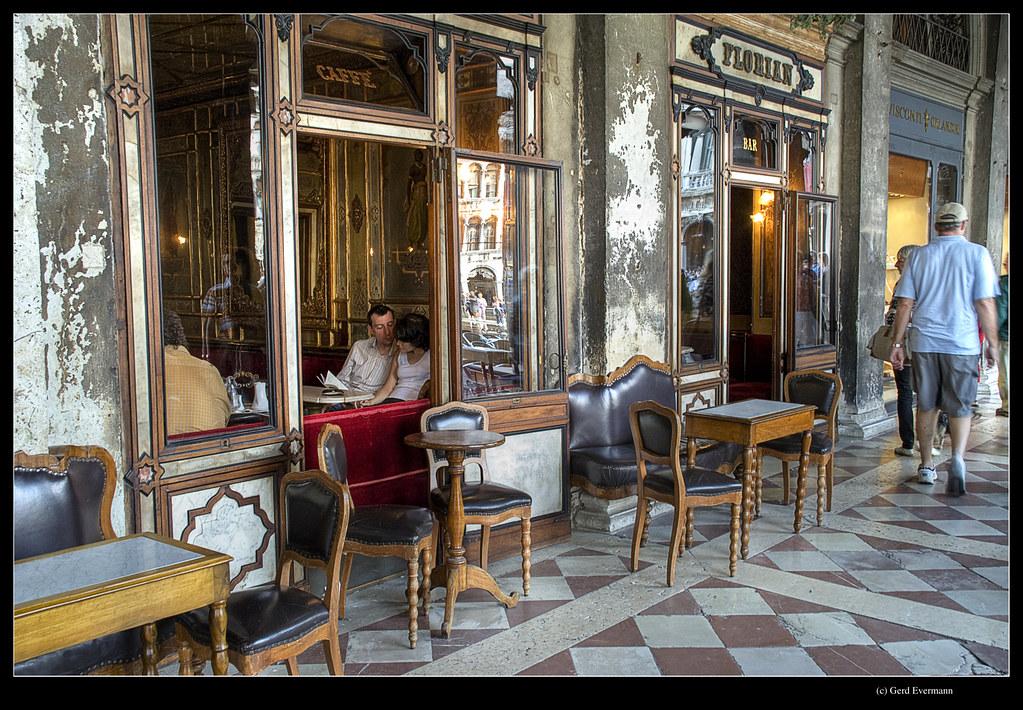 Cafe San Marco Coro Saint Maximin