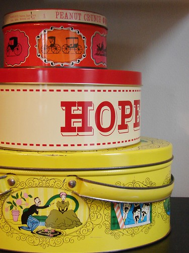 TIns | by hownowdesign