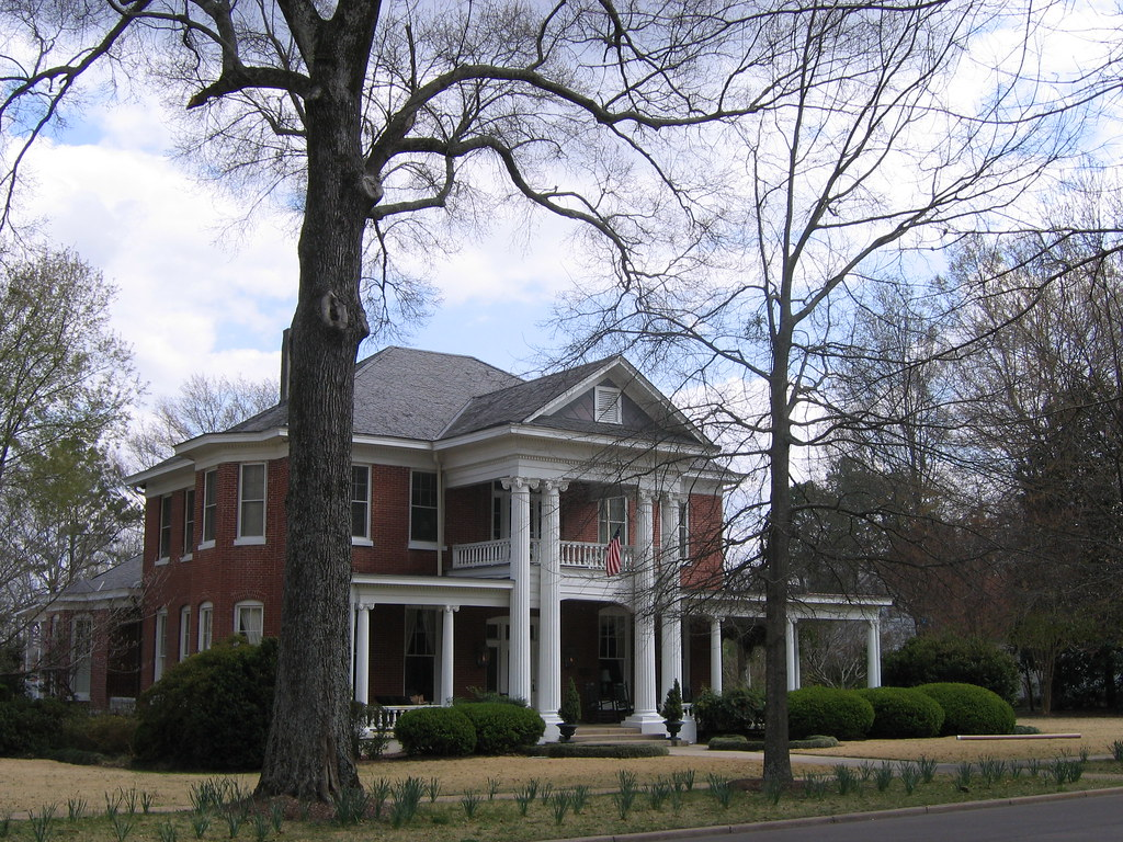 Oxford mississippi iii walking tour of antebellum homes for Ms home builders