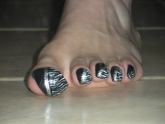 very long toenails with black paint with design - a set on ... - photo#27