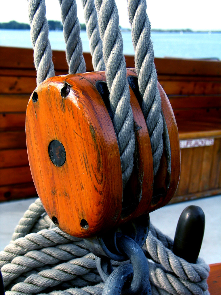 Boat pulley | This pulley was on a boat moored in the harbor… | Flickr