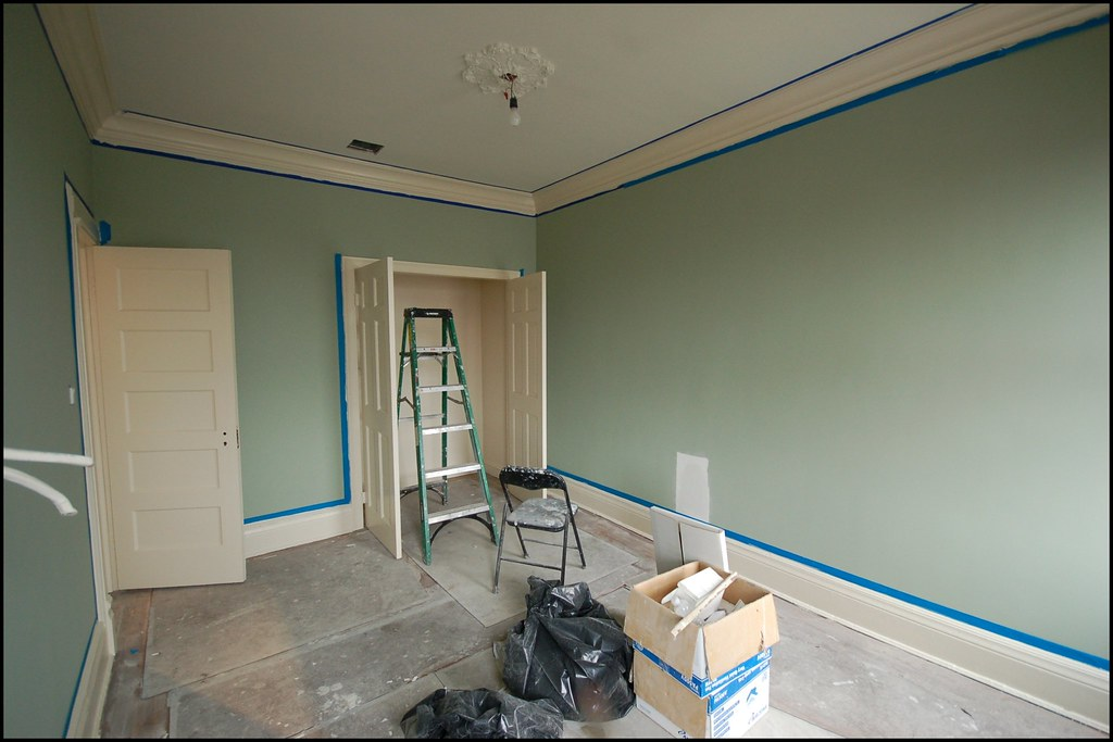 Guest Bedroom Painted Benjamin Moore Saybrook Sage With