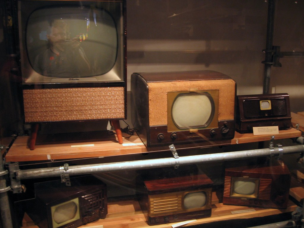 Martha 20Scott additionally Index2 moreover Pagina33 moreover 1951 20Henry 20J 20Ad 05 besides 2289521211. on old tv