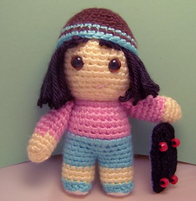 Amazon Fabulous Doll – Crochet Free Pattern
