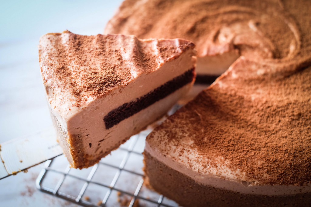 cat-and-the-fiddle-milo-cheesecake-slice
