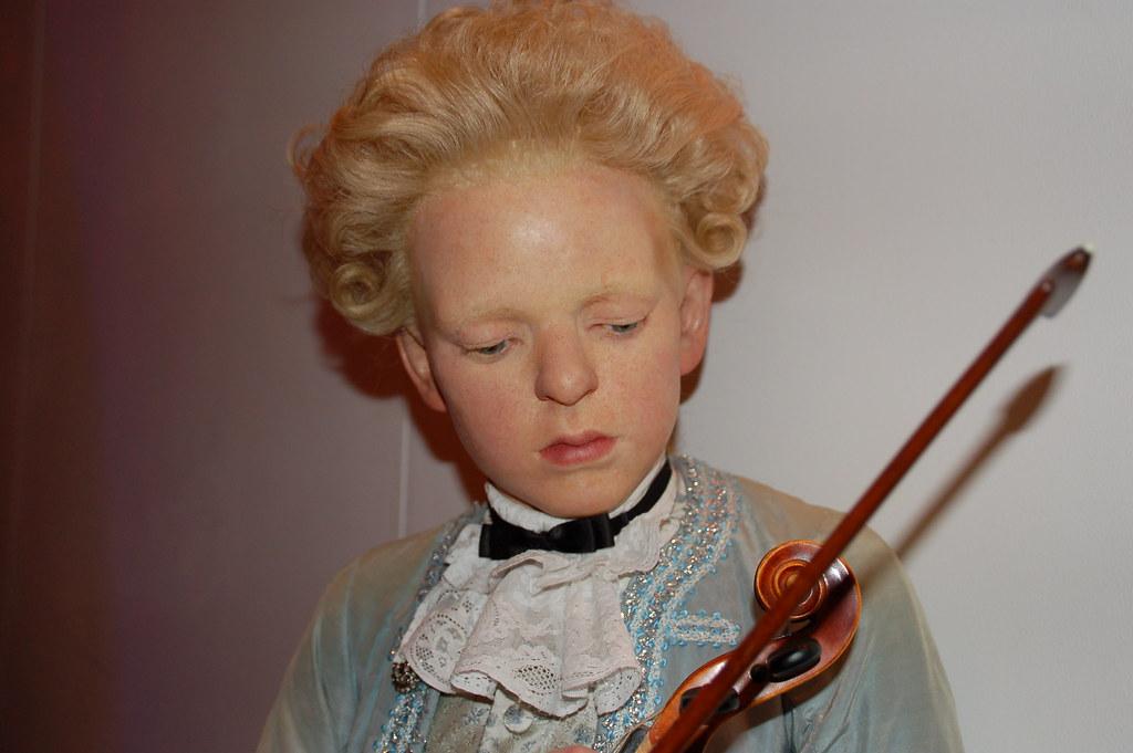 Wolfgang Amadeus Mozart Biography