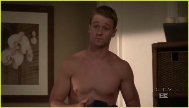 ben mckenzie shirtless queer queer flickr