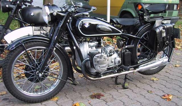 Bmw R6 1937 596 Cm3 18 Ch 125 Km H 1850 Exemplaires