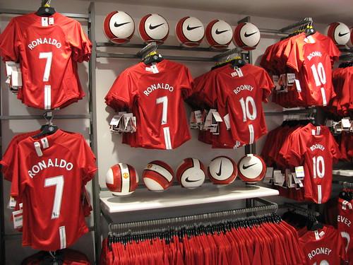 Man Utd Megastore | The new East Stand Megastore | Ly Ning ...