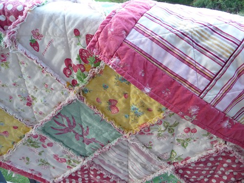 Front and back of Summer Fruit raggy quilt | by M@rg sunshineparadise