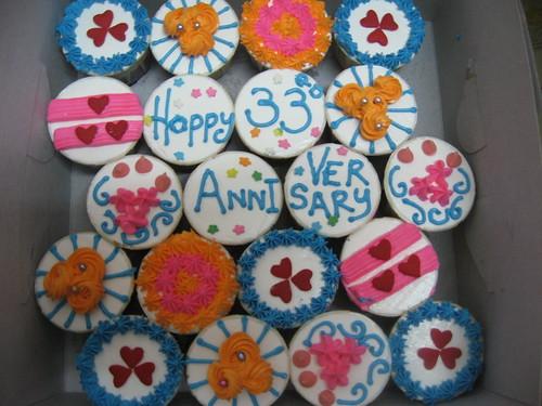 33rd Wedding Anniversary Gifts: Made For Mak Ngah's 33rd Wedding Anniversary