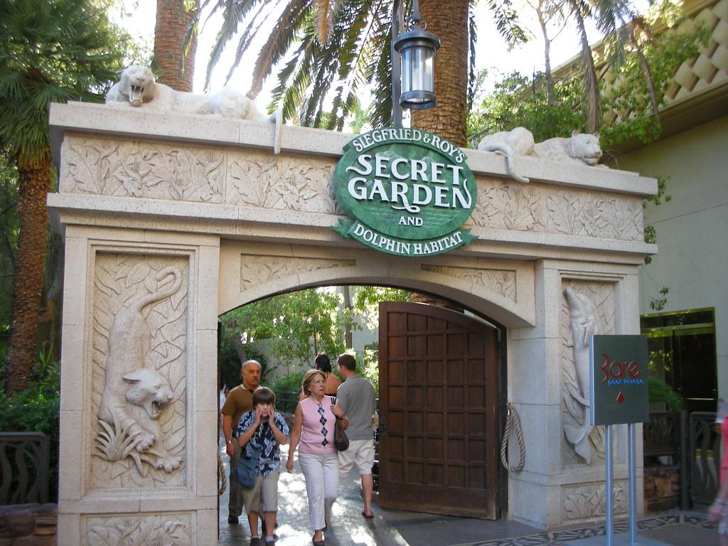 Secret Garden Dolphin Habitat Mirage Las Vegas Flickr