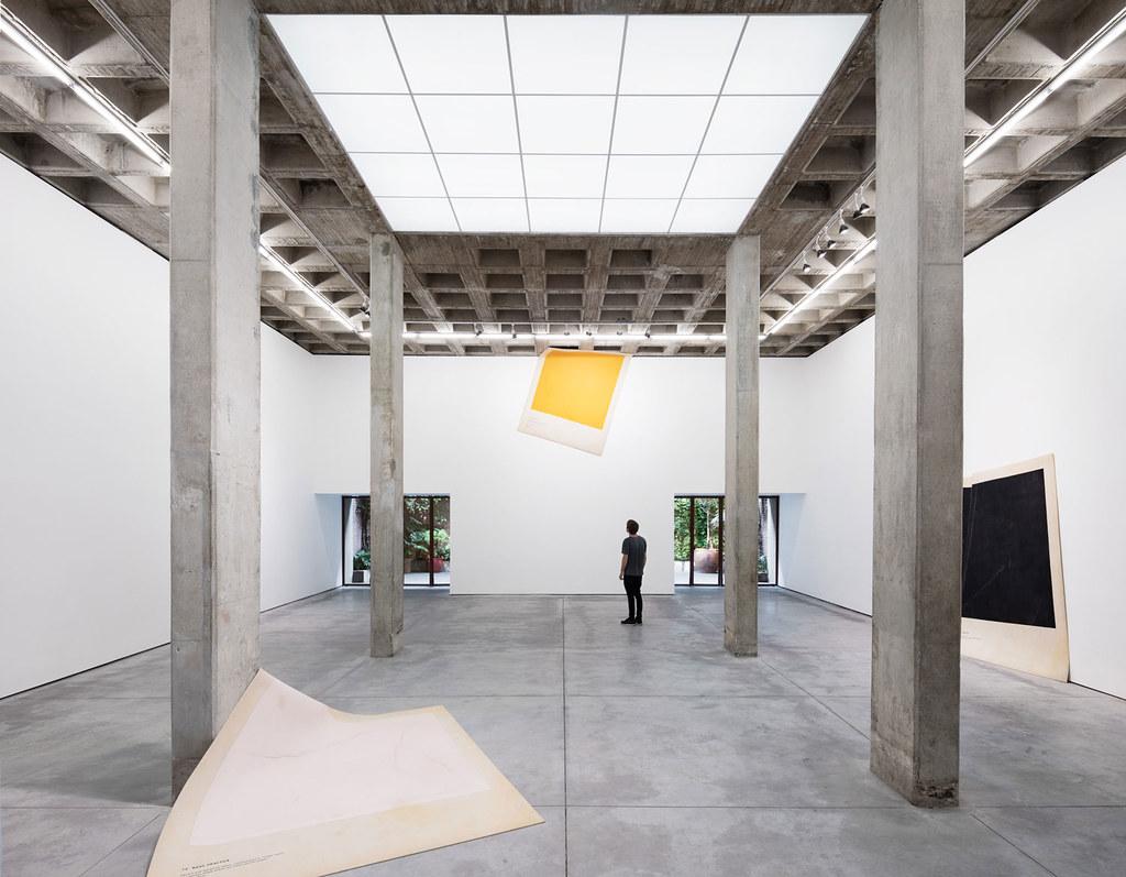 Villa renovation for Galería OMR by Mateo Riestra, José Arnaud-Bello and Max von Werz Sundeno_10