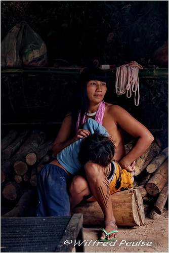 Kuikuro Mother And Child Photographing Indigenous