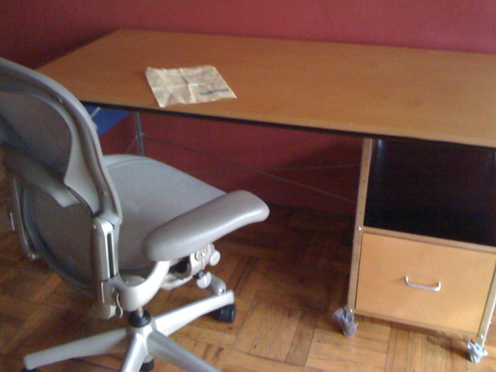 19 eames aeron chair eames aluminum group side chair office