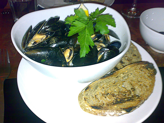 Thai steamed mussels at Diner 7, Leith, Edinburgh | For the ...