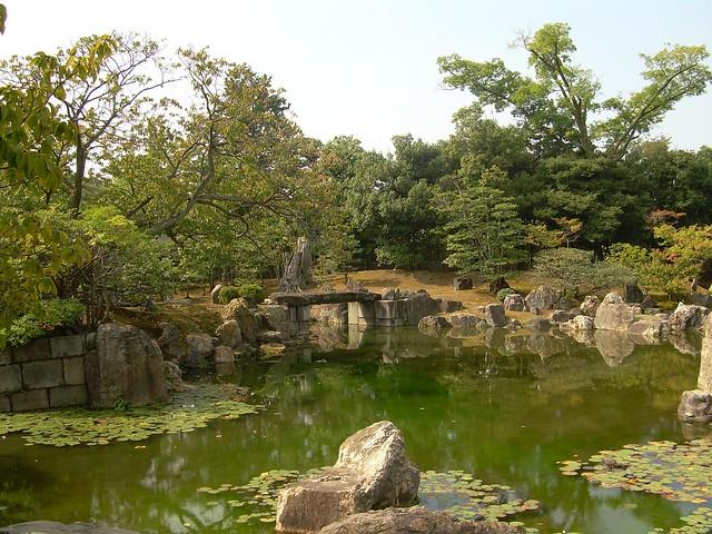 Jard n del palacio ninomaru en el castillo de nij de for Jardin kyoto