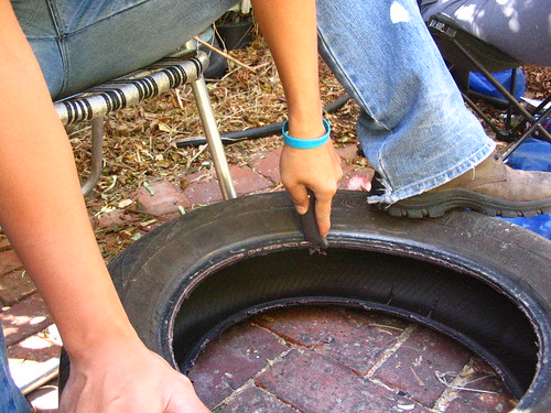 CUTTING THE TYRE | by soulcapoeira