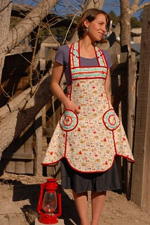 The Lola Apron 1 | by sew liberated