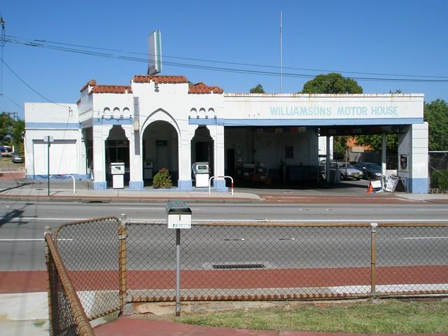Williamsons Motor House Lge