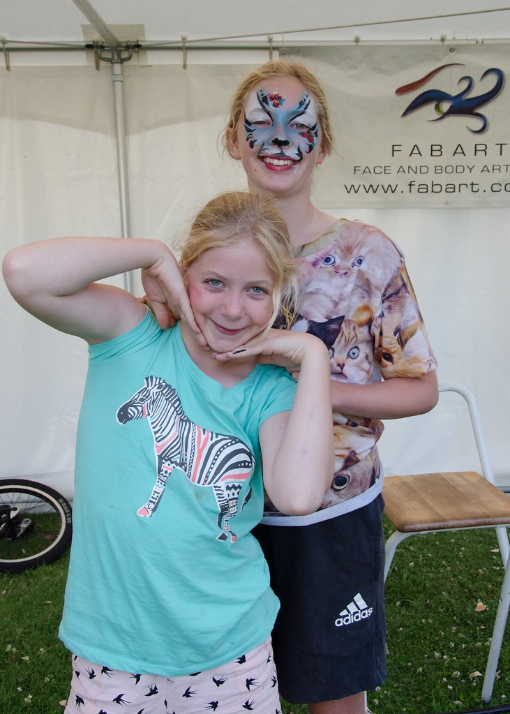 Face Painting Festival Looking For Best Paint Professional