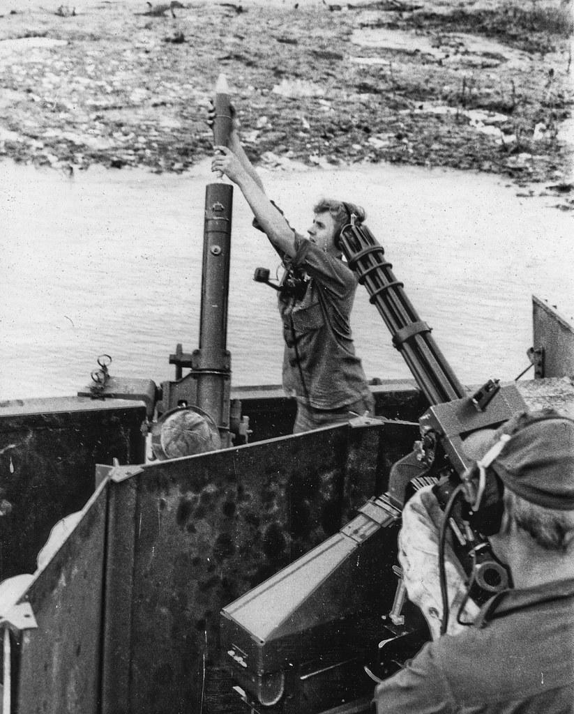 Vietnam Mortar Fire : Seal ops support boat mekong delta team