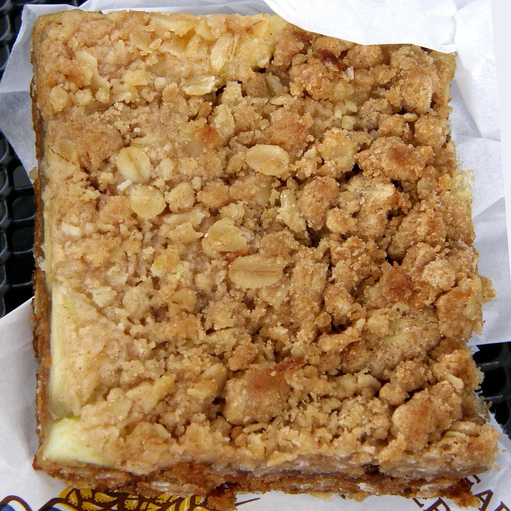 Oatmeal Cake In Bundt Pan No Flour