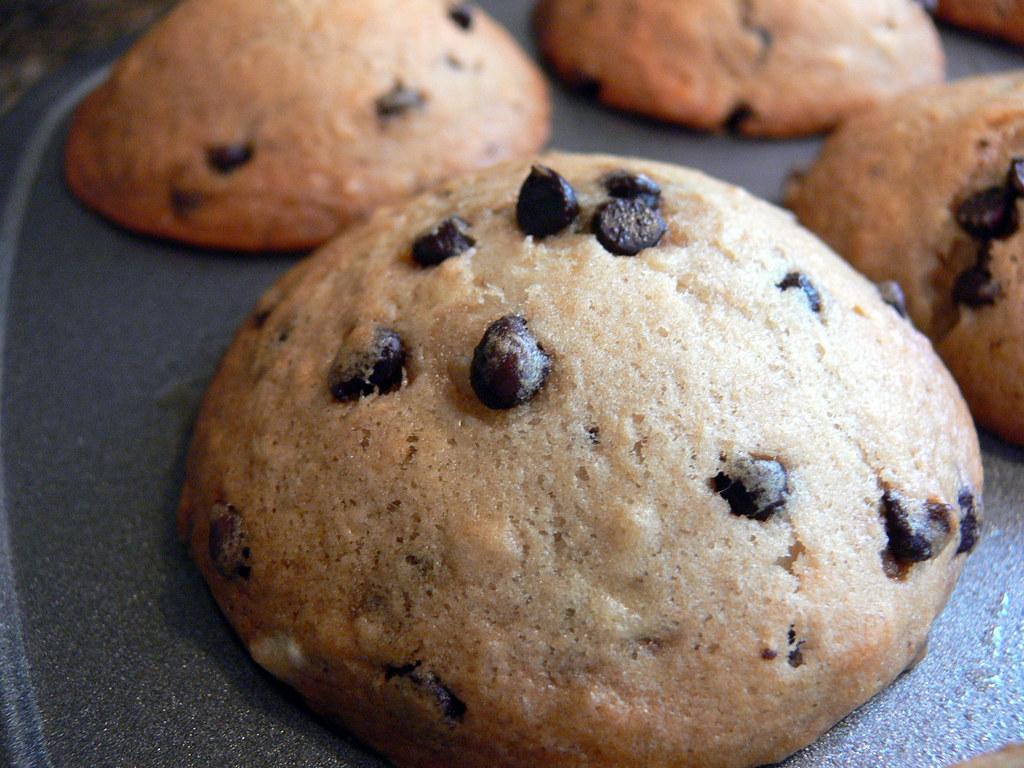 Pan Chocolate Chip Cookie Cake