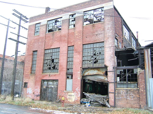 Derelict factories in Detroit | by LHOON