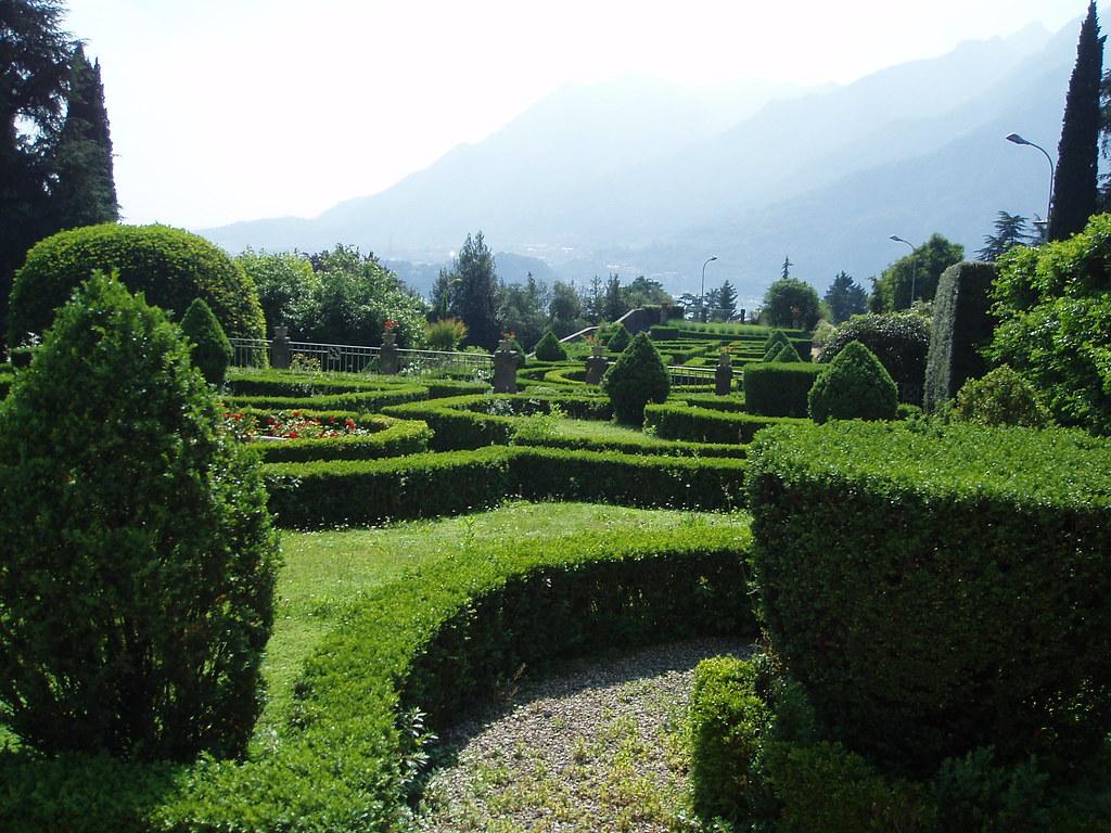 Lecco villa bellemo giardino all 39 italiana archi lecco for Giardino lecco