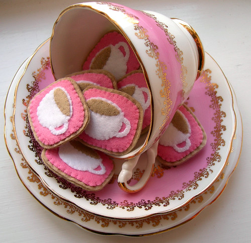 Crafting 365, day 173 - pink teacups | by bugsandfishes by lupin