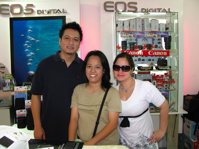 Manilyn Reynes Signs Exclusive Contract With GMA-7
