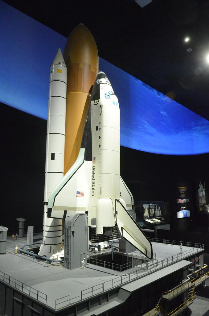Smithsonian National Air & Space Museum: Modern spacefligh ...