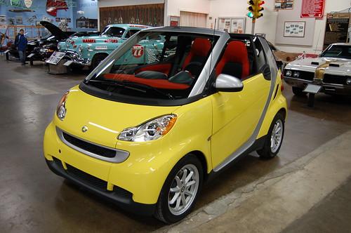 Smart car convertible r e olds museum lansing mi 2 9 2008 for Motor cars lansing mi