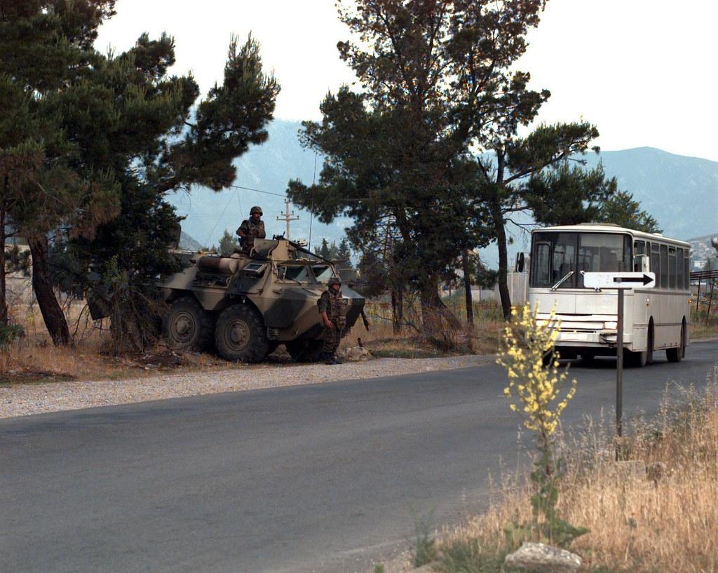 Les F.A.R. en Bosnie  IFOR, SFOR et EUFOR Althea 32814208701_e595090b5d_b