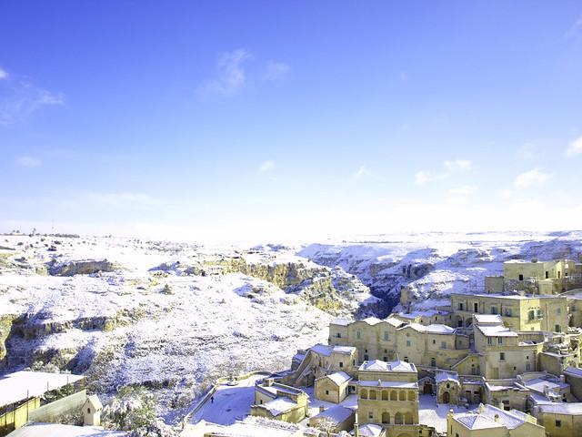 Matera neve fusione tra paesaggi antropici naturali for Foto paesaggi naturali gratis