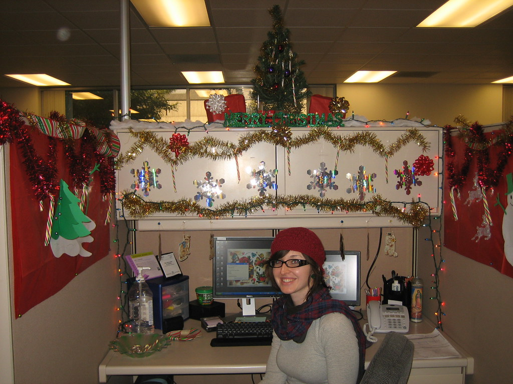 Decorating Office For Christmas Part - 17: Model Cubicle Decoration Themes In Office Office Furniture.