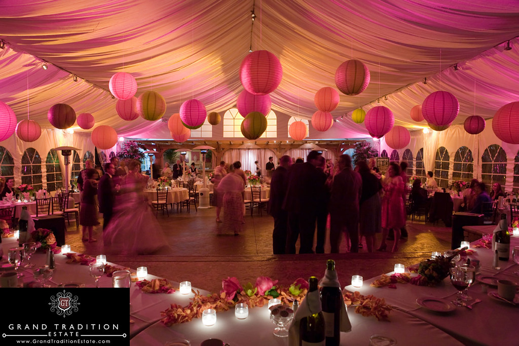 Arbor terrace wedding reception featuring japanese lantern for Terrace party decoration