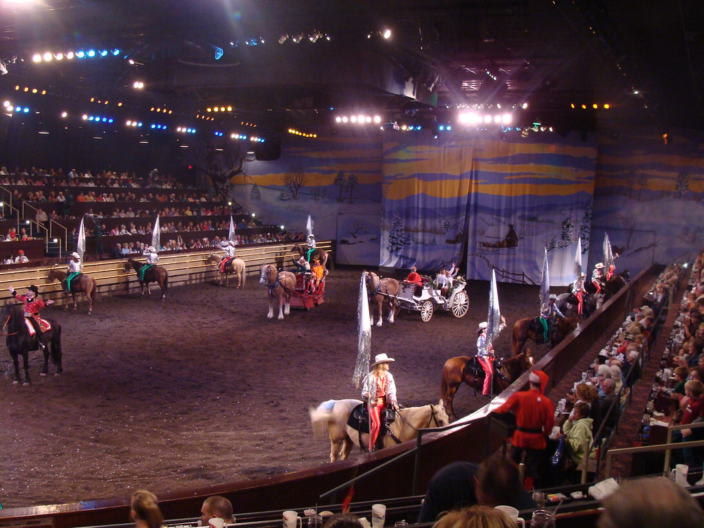 Dixie Stampede Christmas At Silver Dollar City Branson